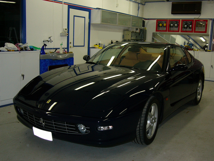 bilvård Ferrari